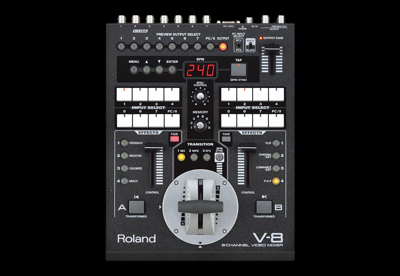 Roland V8 Front